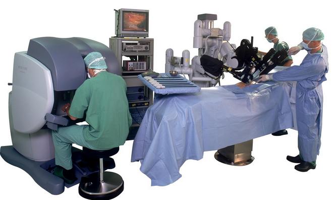 Robot per chirurgia - Da Vinci